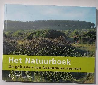 RED. - Het natuurboek. De gebieden van natuurmonumenten.