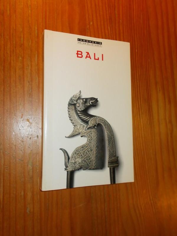 RED. - Bali. Indonesie Reisbibliotheek.